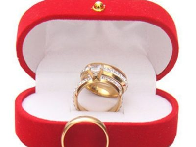 Stunning Wedding Couple Ring Set