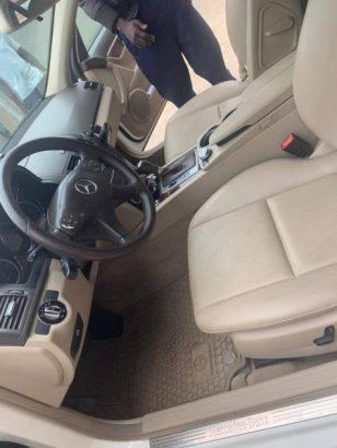 Mercedes-Benz C300 2010 White