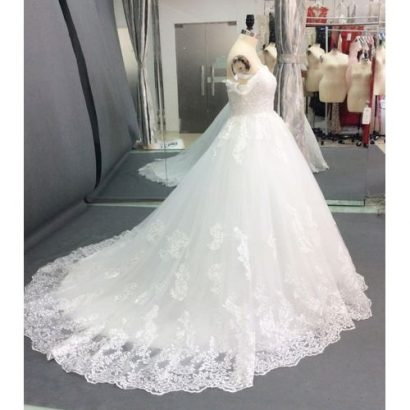 New Year Latest Wedding Long-sleeved Lace Satin Wedding Bridal Gown