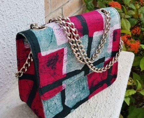 Style KAMPALA PURSE Handmade