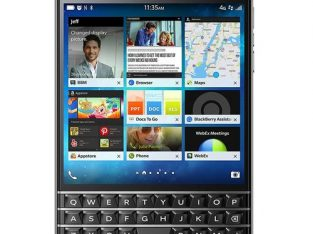 Blackberry Passport Q30 LTE (3GB, 32GB ROM) 13.0MP BlackBerry OS Cell Phone- Black