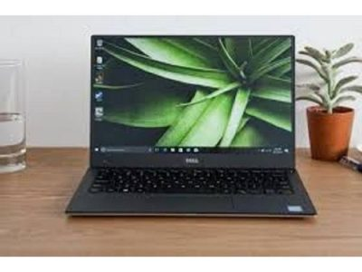 DELL XPS 13 9370 INTEL CORE I7-855O, TOUCH,256 SSD,8GB MEMORY,ULTRASLIM LAPTOP,WINDOWS 10 HOME.