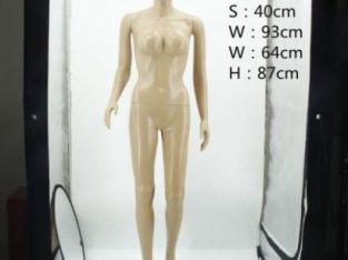 Full Body Female Mannequin – Nude