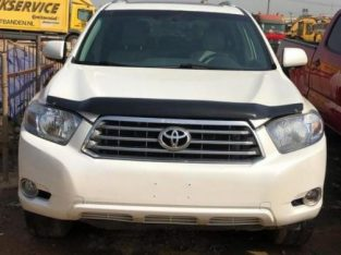 Toyota Highlander 2010 Limited White