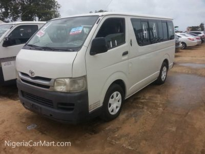 2010 Toyota Hi-Ace Bus Used Abroad