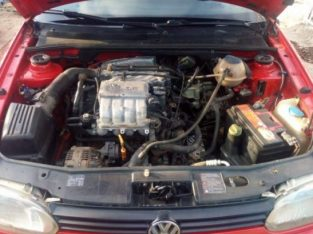 clean Volkswagen golf for sale buy and driver with the complete document