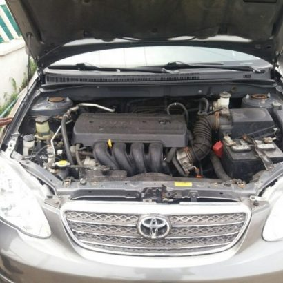 clean tokunbo Toyota corolla for sale buy and driver with the complete document