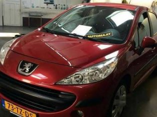 Peugeot 207 2008 sport Red