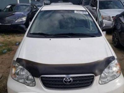 Toyota Corolla 2006 CE White