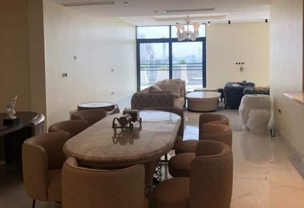 Tastefully Finished 5 Bedroom Terrace For Sale at Banana Island