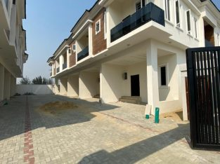 4 bedroom duplex with Governor's consent for sale in Chevron (Ben)